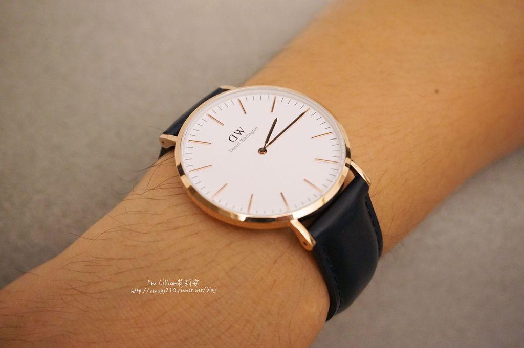 情人對錶推薦 DW手錶70限定版.JPG