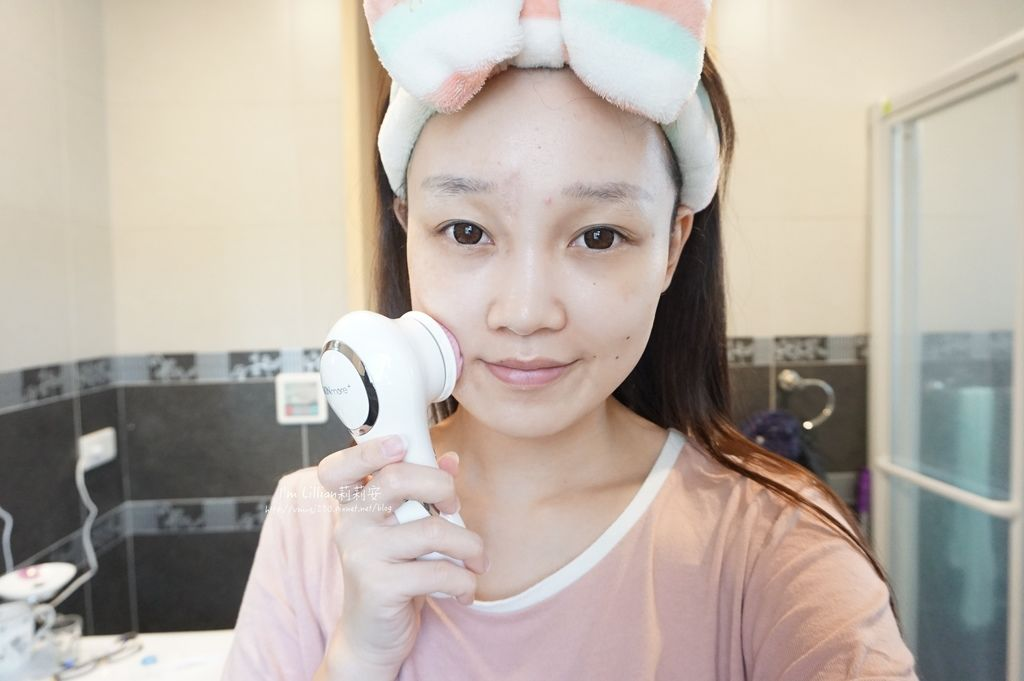 SKINmore+ 4D 全方位洗臉機111平價洗臉機推薦.JPG