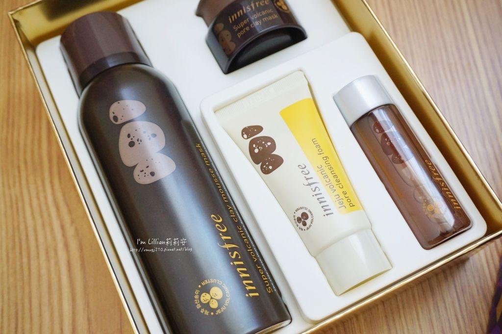 innisfree 聖誕節限量禮盒41火山泥膜 綠茶籽保溼精華.JPG
