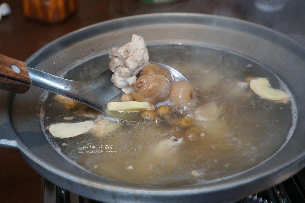宜蘭美食推薦 甕窯雞推薦111天下第一雞 .JPG