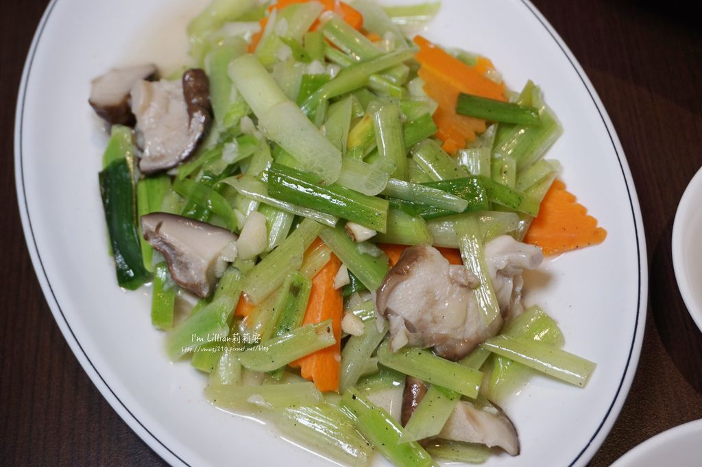 宜蘭美食推薦 甕窯雞推薦215天下第一雞 .JPG