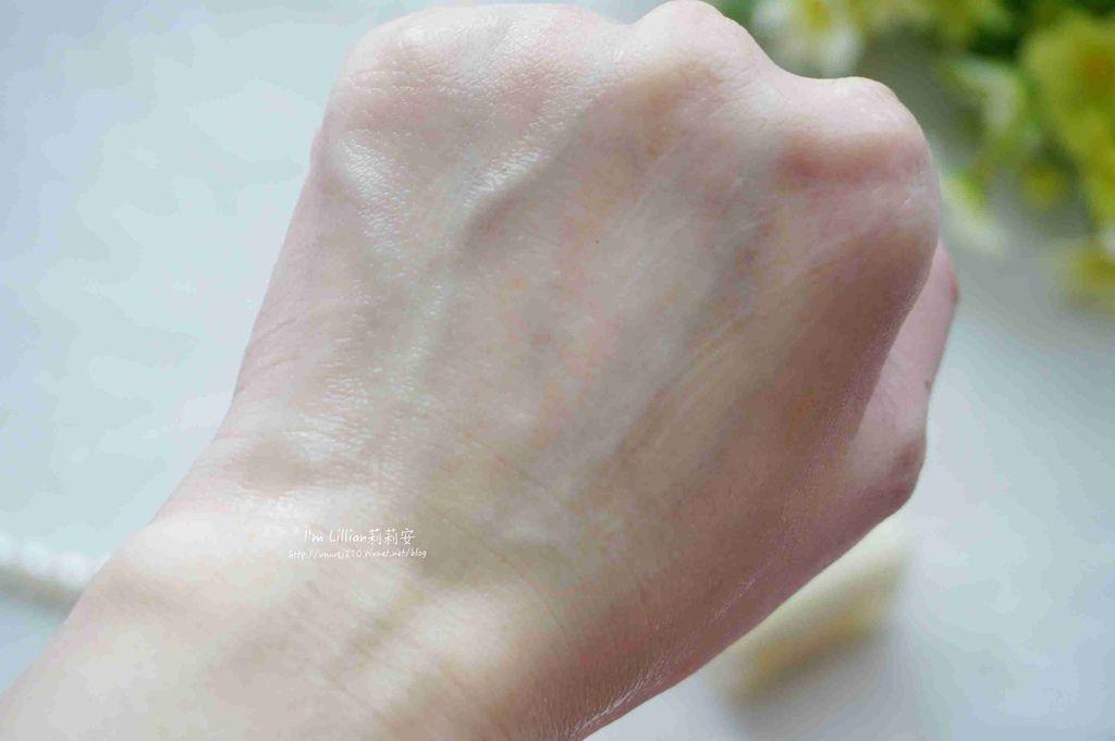 倩碧三步驟 清爽型55基礎保養推薦.jpg
