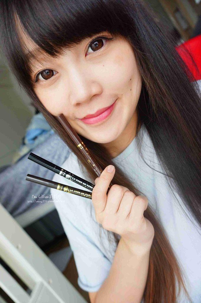 開架眼線液推薦 Creer Beaute 凡爾賽玫瑰272日本防水防油眼線液 .jpg