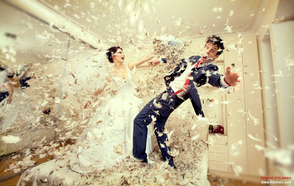 trash-the-dress-wedding-photography-posing-guide-22-39.jpg