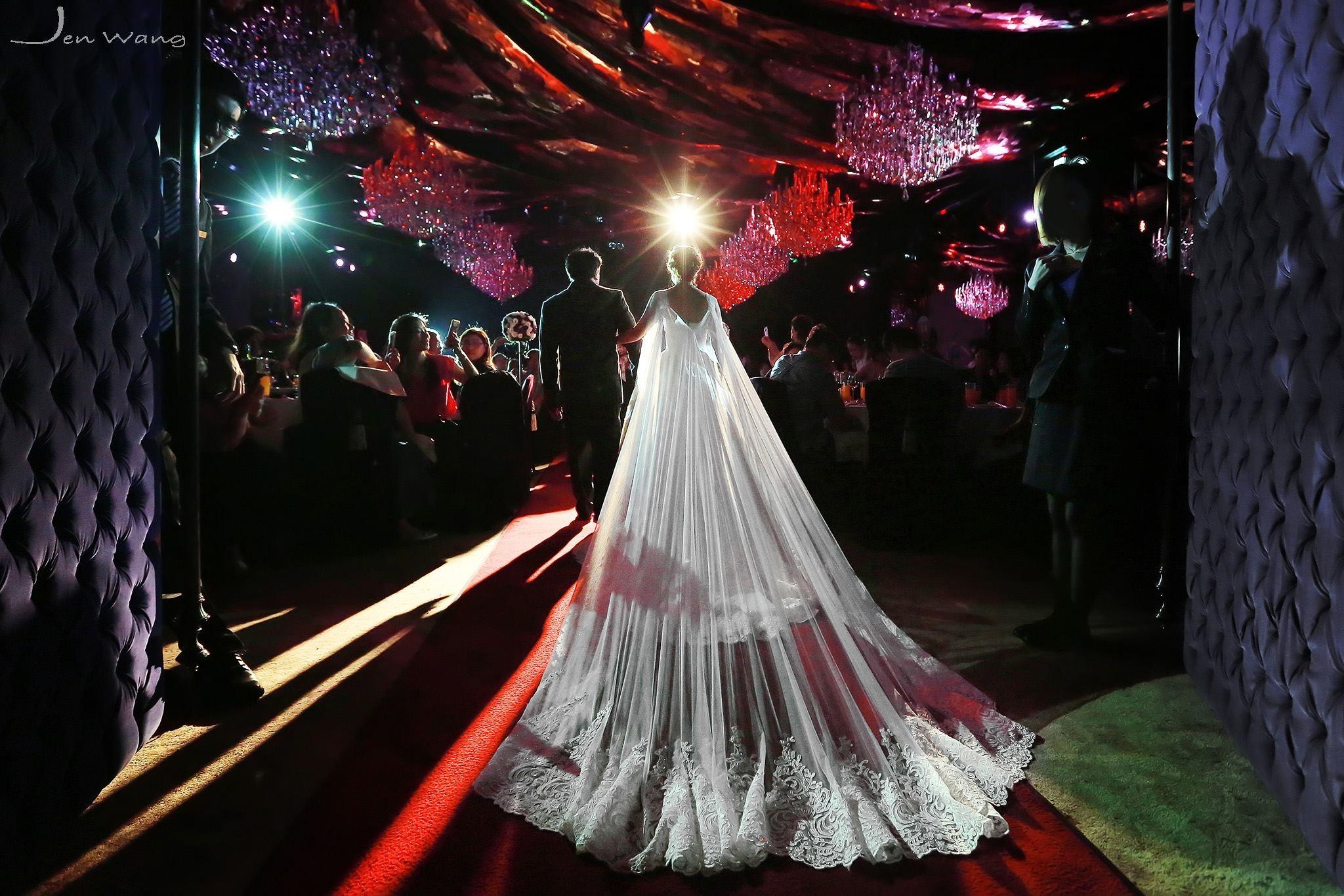新娘必問!「宴客禮服穿幾套?」~妳穿對了嗎   更新4月10日