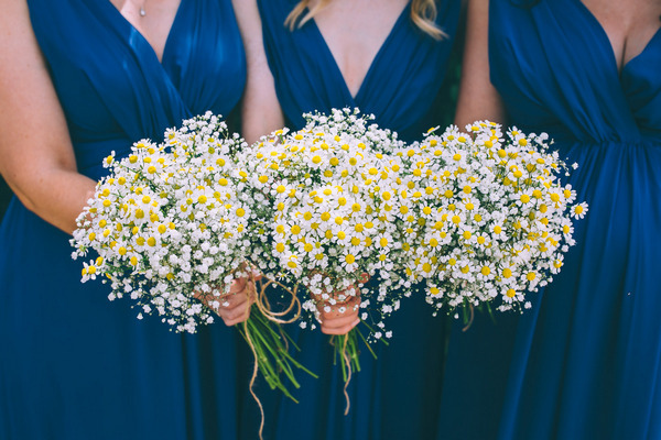 Chamomile-wedding-bouquets.jpg