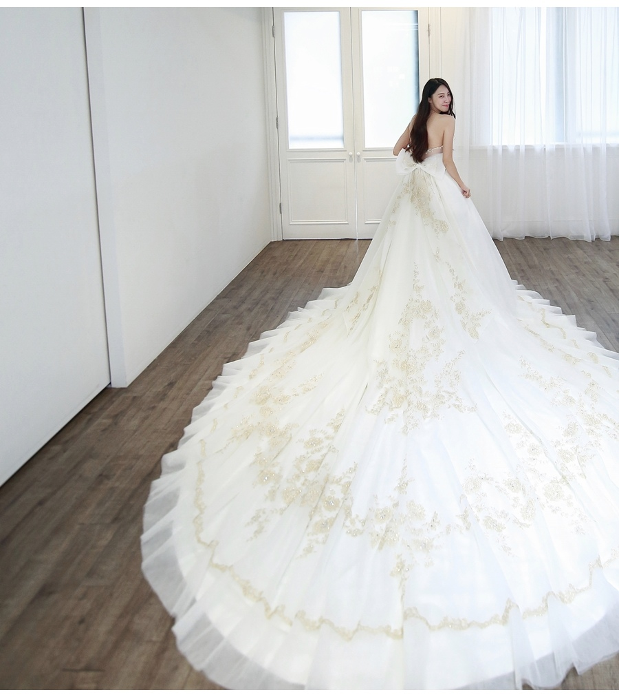 【V娜試穿直擊】讓自己發光發亮的Miss Oli 奧莉小姐手工婚紗 @更新11/3
