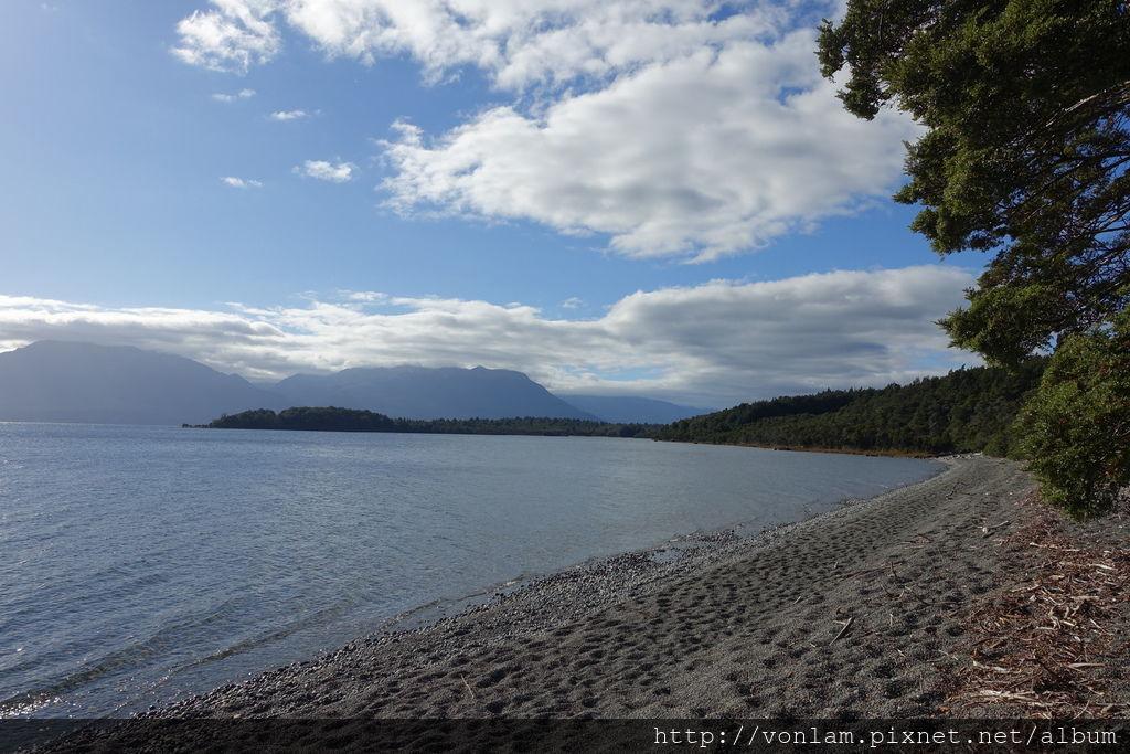 Henry Creek Campsite_Te Anau.JPG