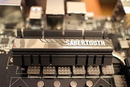 SABERTOOTH Z97 MARK 2 15.JPG