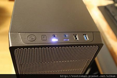 BitFenix Neos-41.JPG