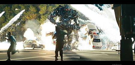 Transformers.Dark.Of.The.Moon.2011.1080P-01(GT720).jpg
