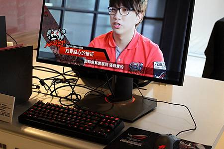 ROG SWIFT PG278Q.JPG