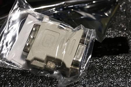 STRIX-GTX960-DC2OC-2GD5 -05.jpg