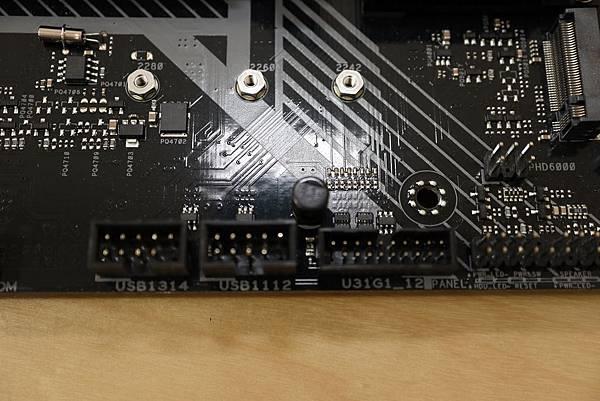 TUF-017.jpg