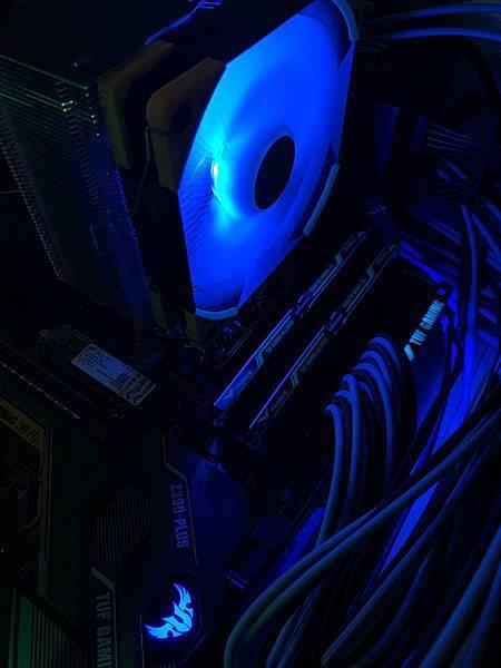 AURA RGB-01.jpg