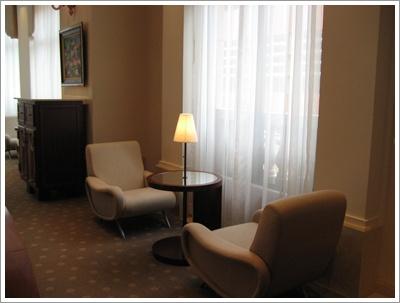 Hotel_lobby 2.jpg