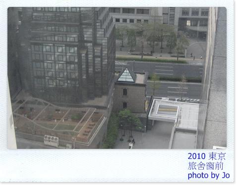 旅舍窗前2.JPG