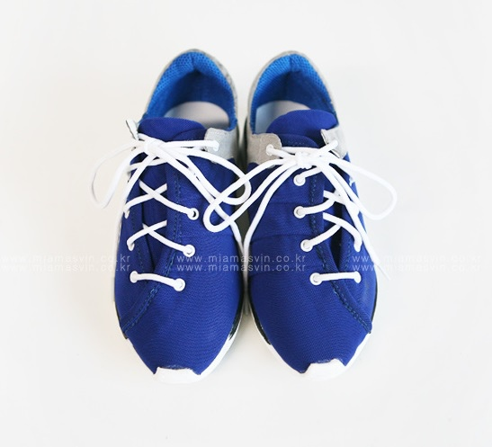 運動鞋_MIA1 (2).jpg