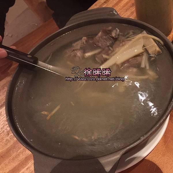 28 藤心排骨湯.JPG