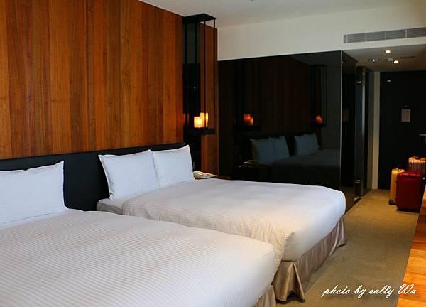 HOTEL WO (16).JPG