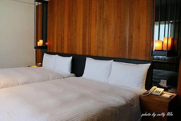 HOTEL WO (19).JPG