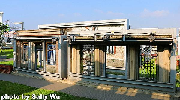 紅毛港小紅食堂旋轉餐廳 (47).JPG