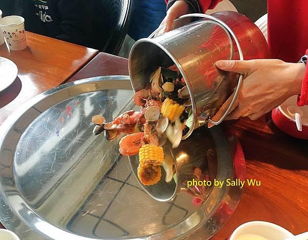 新竹老漁港海鮮餐廳 (21).JPG