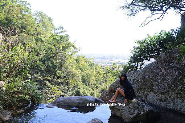 猴洞坑瀑布 (1).JPG