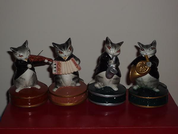 曰本Wachifield Dayan達洋貓絕版陶瓷西樂團音樂座一套四個(全部不是復刻版)