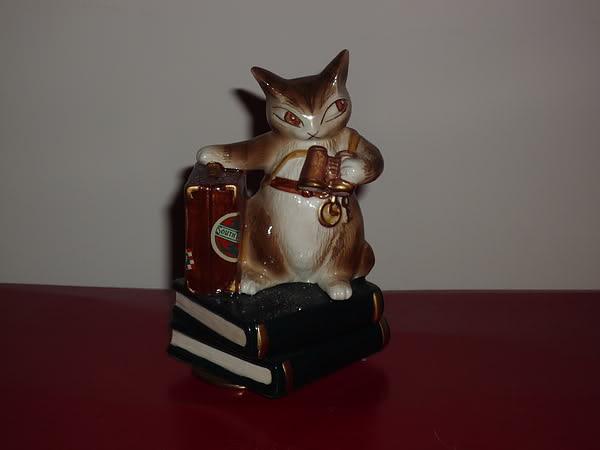 曰本Wachifield Dayan達洋貓絕版環遊世界旅行家立體陶瓷音樂座