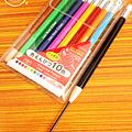 大創十色按壓式彩色鉛筆