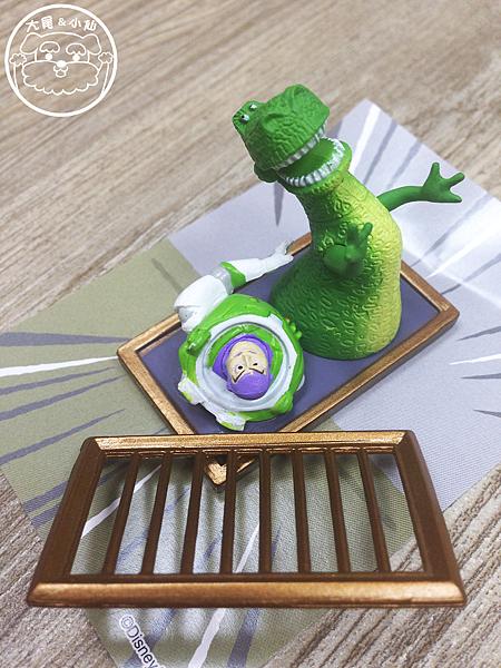 迪士尼pixar磁鐵巴斯光年恐龍