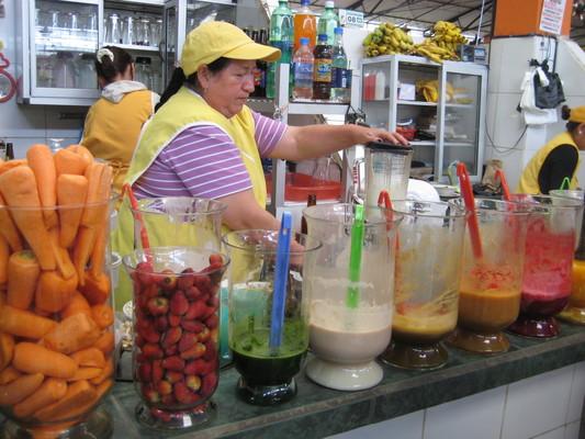 果汁區(Central Market, Banos)