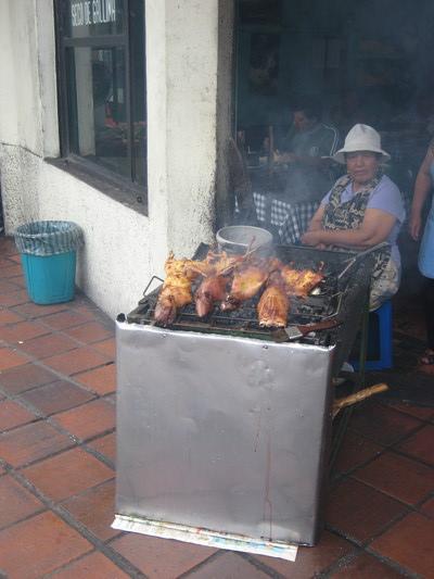 烤天竺鼠(Central Market, Banos)