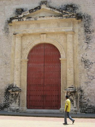 已經忘了是誰家的門(好像是Cathedral的)