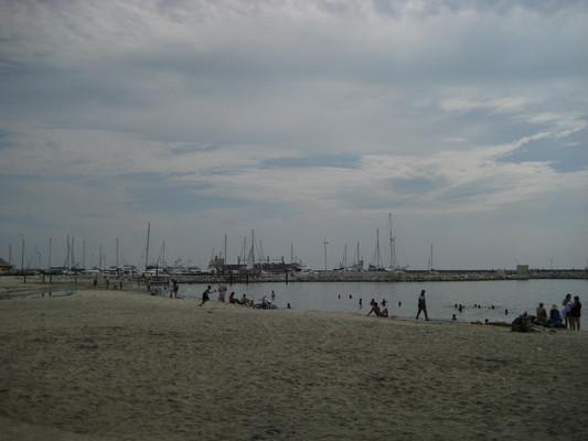 很多人戲水(Santa Marta)