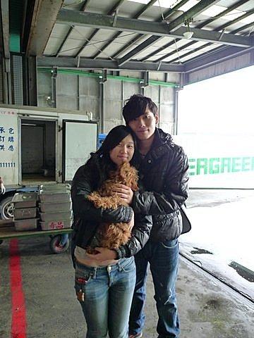 代辨寵物出國檢疫_紅貴賓和主人同班機出國去_寵物出國_香港篇