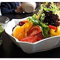 食-第一道水果生菜沙拉2.JPG
