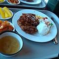 第二天_午餐豬排飯.JPG