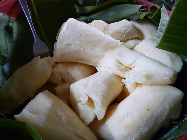 印尼棉蘭市場賣的發酵木薯.JPG