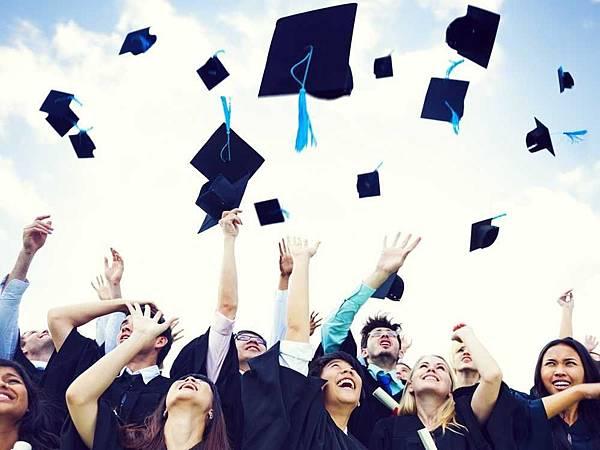 畢業求職國外業務多益800.jpg