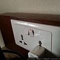 20130403-31每個插座都有開關