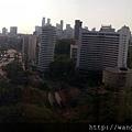 20130404-02飯店窗戶往外望