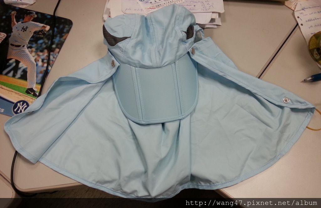 20130624_03UV100涼感摺疊護頸帽