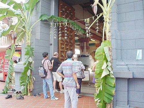 019-印度廟Sri Mariamman外頭