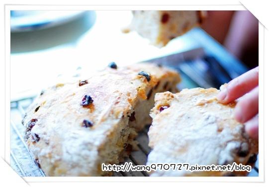 2010.04做麵包 016.jpg