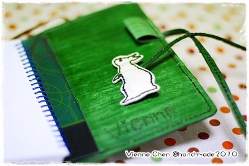 2010.04兔子筆記本皮套 008.jpg