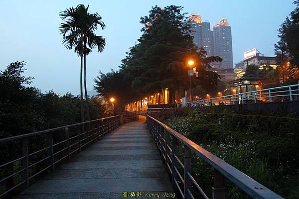 650D-陽光橋+碧潭08