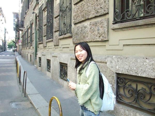 往米蘭大教堂僻雅靜巷之我們走吧