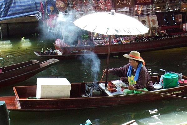 烤肉船販@泰國水上市場